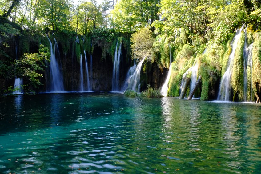 Laghi di plitvice croazia global geografia for Disegni di laghi