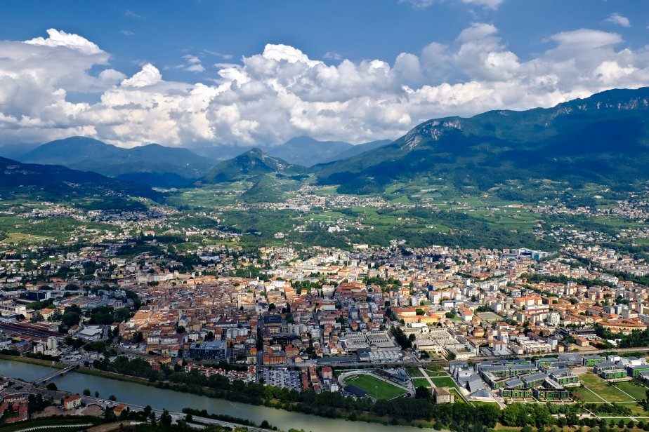 Trentino alto adige scheda regione globalgeografia for Arredamento trentino alto adige